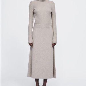 ZARA Knit A-Line Skirt in Light Sand Size S
